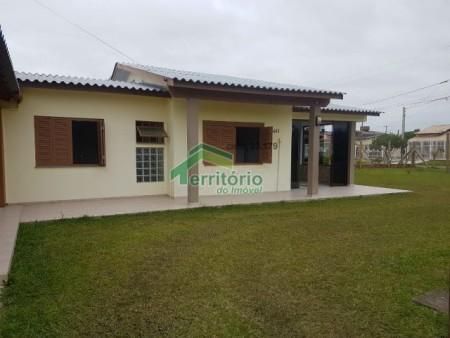Casa para temporada  4 dormitórios em Capão da Canoa | Ref.: 1879