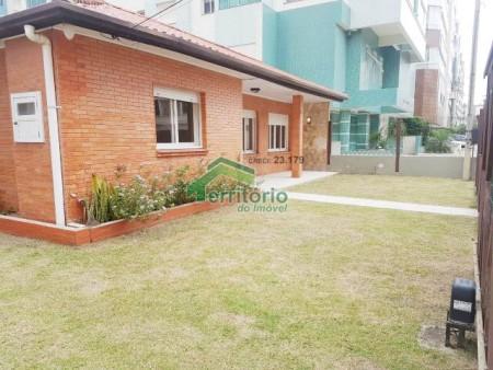 Casa para temporada 6 dormitórios em Capão da Canoa | Ref.: 1890
